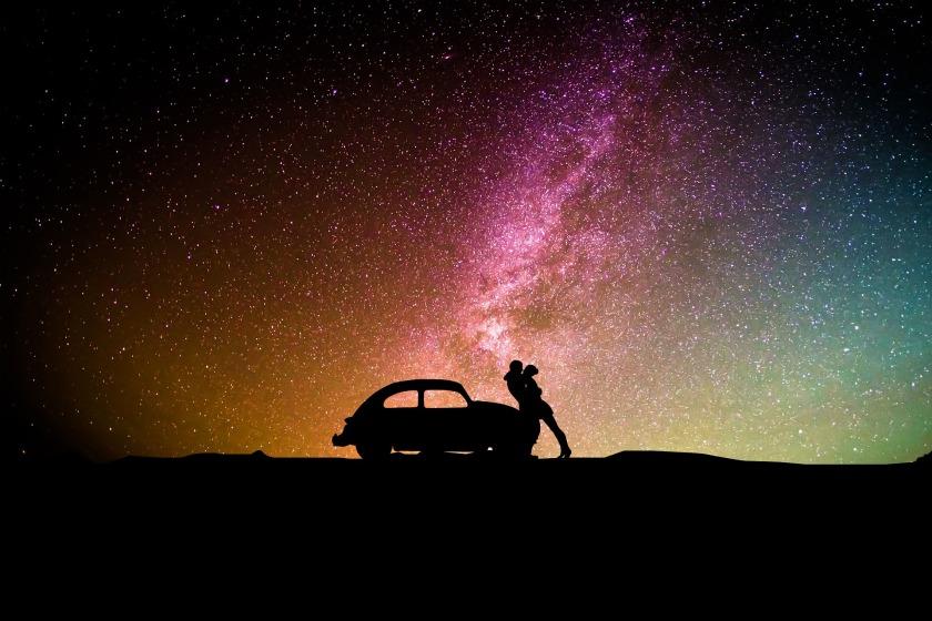 astronomy-3094066_1920.jpg
